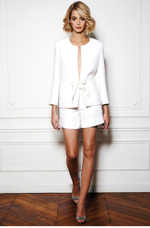 robe-de-mariee-fanny-liautard-tailleur-short-collection-mariage-et-ceremonie-millemariages