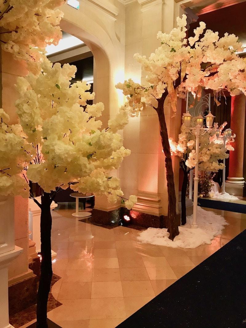 Dely-fleurs-arbres-les-coulisses-du-mariages-maison-art-et-metiers-millemariages