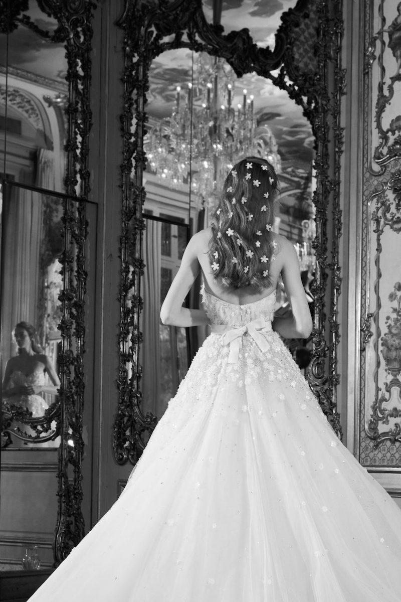 robe de mariée princesse Elie Saab pour le bal de Vienne collection mariage Mille Mariages robe n°15 voile plumetis