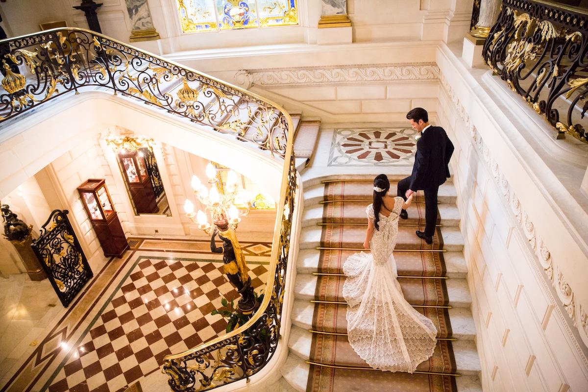 mariage-shangrila-paris-escalier-millemariages